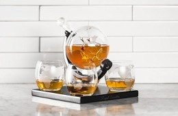 Royal Decanters Etched Globe Gift Set