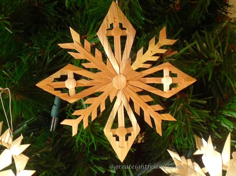 Straw-Ornaments3 - Decorating For Christmas Lithuanian Style €� Great Eight Friends