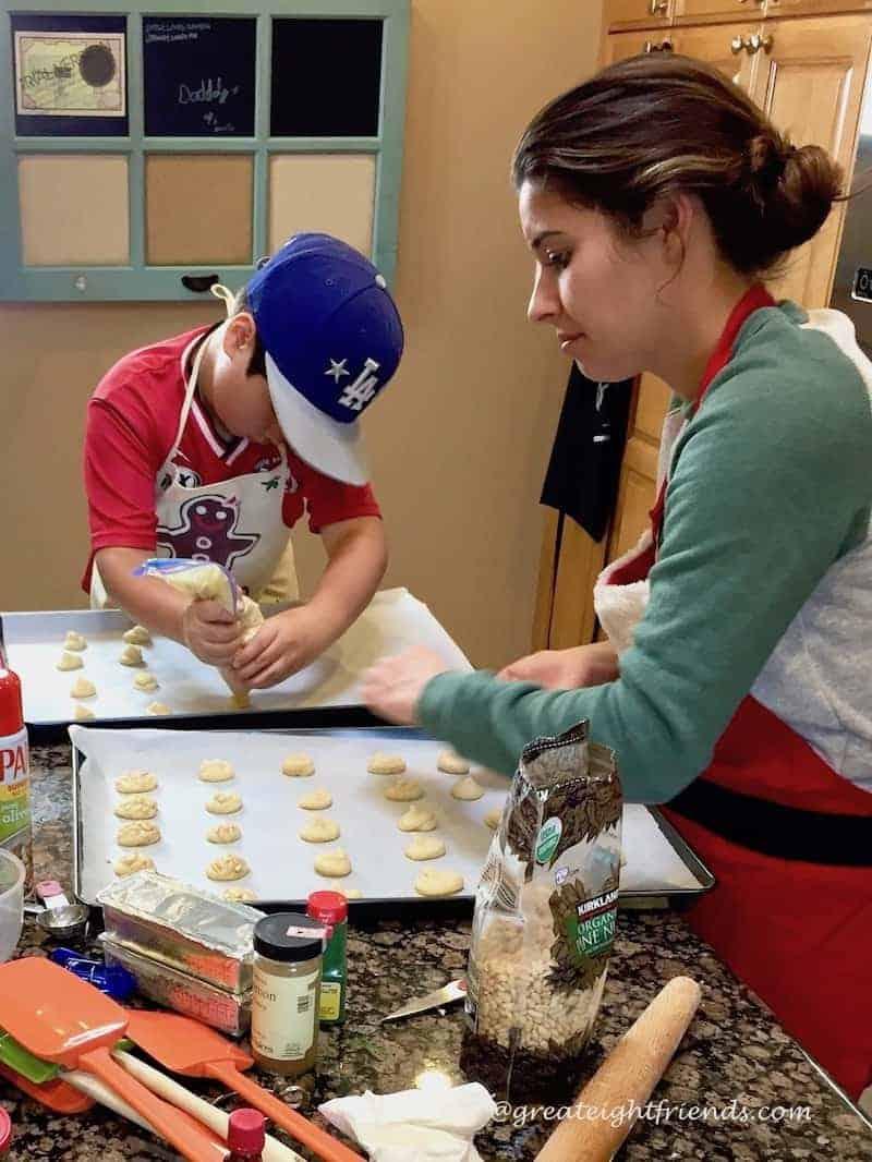 Christmas Cookie Bake Tori Pignolis