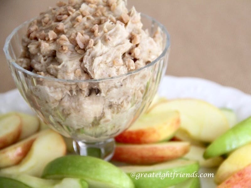 Toffee Crunch Dip and Apple Slices