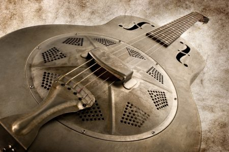 Vintage blues guitar - DepositPhotos.com