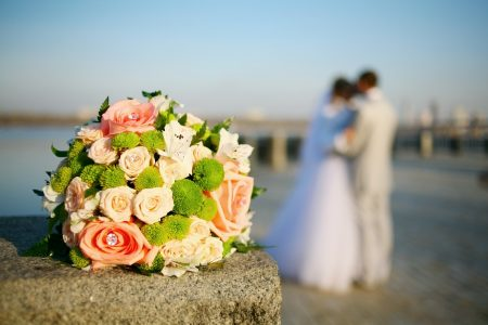 Wedding bouquet, bride and groom - DepositPhotos.com