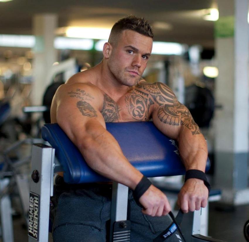 Aarron Lambo Age Height Weight Images Bio