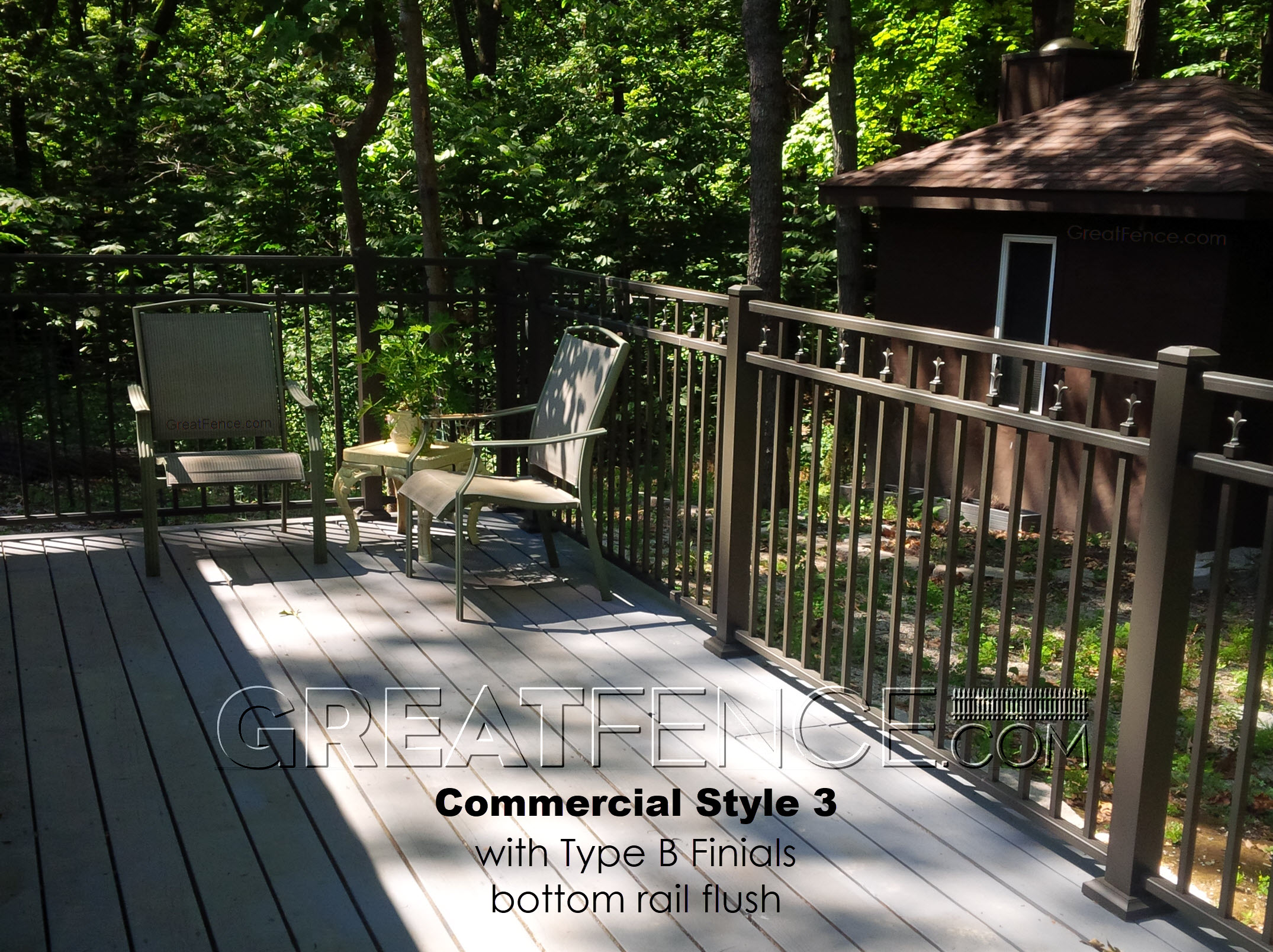 how private is an aluminum fence
