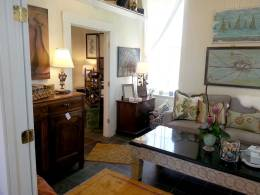 Home-Design-Furniture-Art-Gifts-Great-Finds-&-Design-Pewaukee,-WI