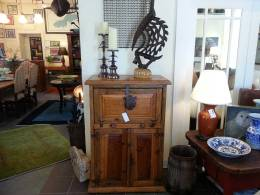 Home-Furnishings-Antique-and-New-in-Pewaukee,-WI-Great-Finds-&-Design