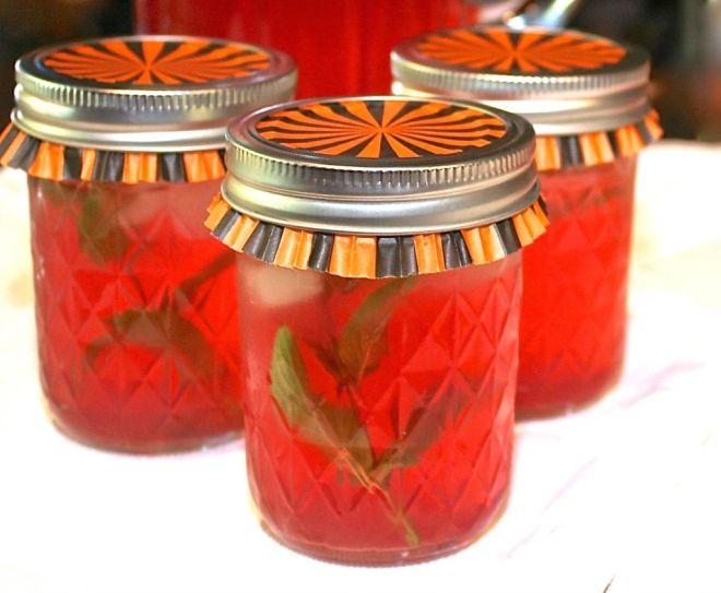 Pomegranate Water