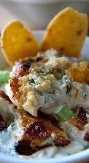 Cheesy Jalapeño Bacon Dip