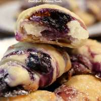 Blueberry Cream Cheese Bites
