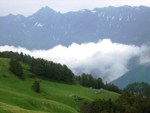 "Trekking ""Top Famous Trekking Places in Himalaya"""