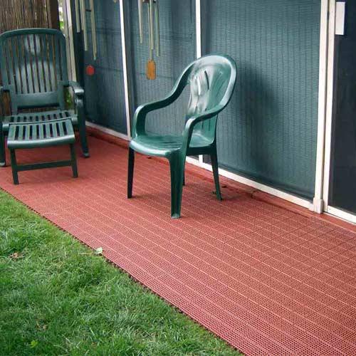 interlocking patio tiles for outdoor