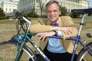 SLUG: L-Loop5  DATE: Downloaded 04/04/2007 (EEL)  CREDIT: AP Photo/Matthew Cavanaugh  CAPTION: Rep. Earl Blumenauer, D-Ore., founder and chairman of the bipartisan Congressional Bike Congress poses with his bike on Capitol Hill Thursday, March 13, 2003.  Blumenauer hopes to give cycling commuters the same tax advantages available to those who car pool or use mass transit.