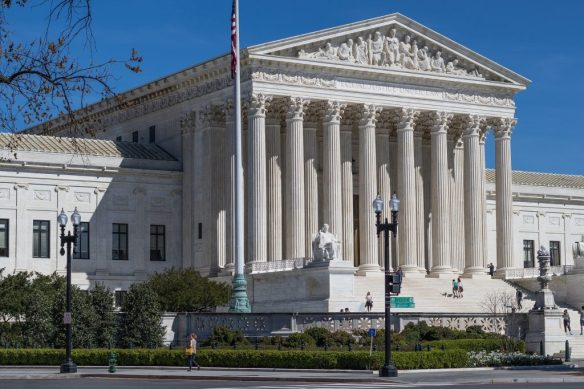 us-supreme-court-building-2225765_1920