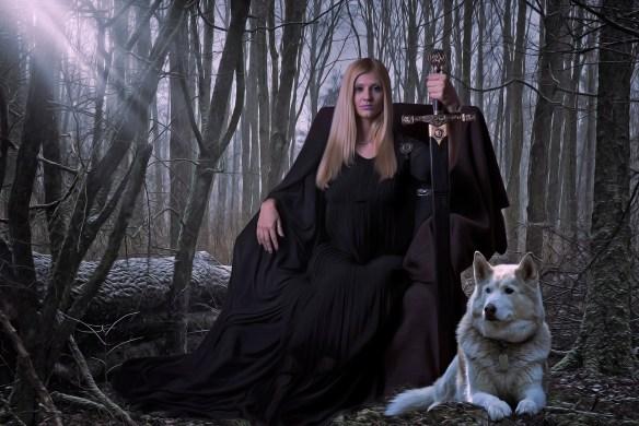 warrior-woman-wolf