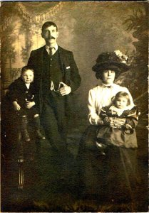 A British family in 1902