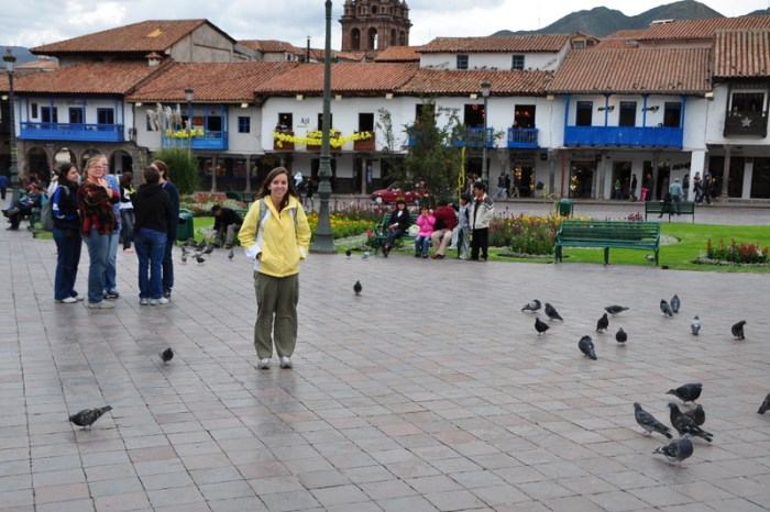 cuzco peru what to wear plaza de armas