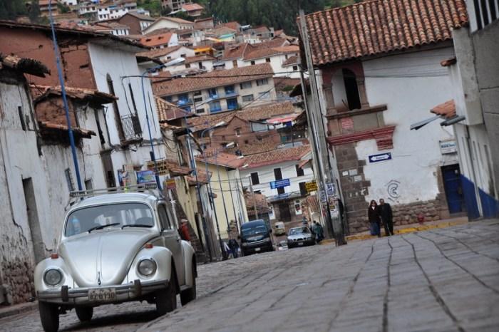 cuzco peru car