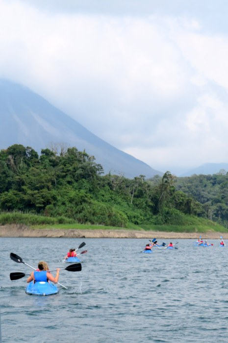 kayak lake arenal