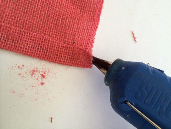 glue burlap trim