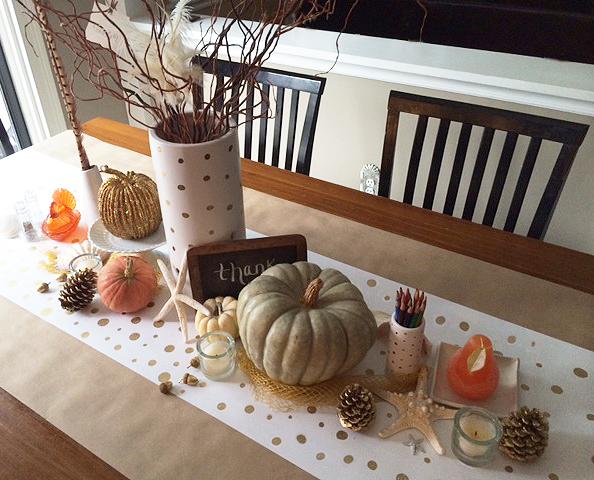 Thanksgiving table full