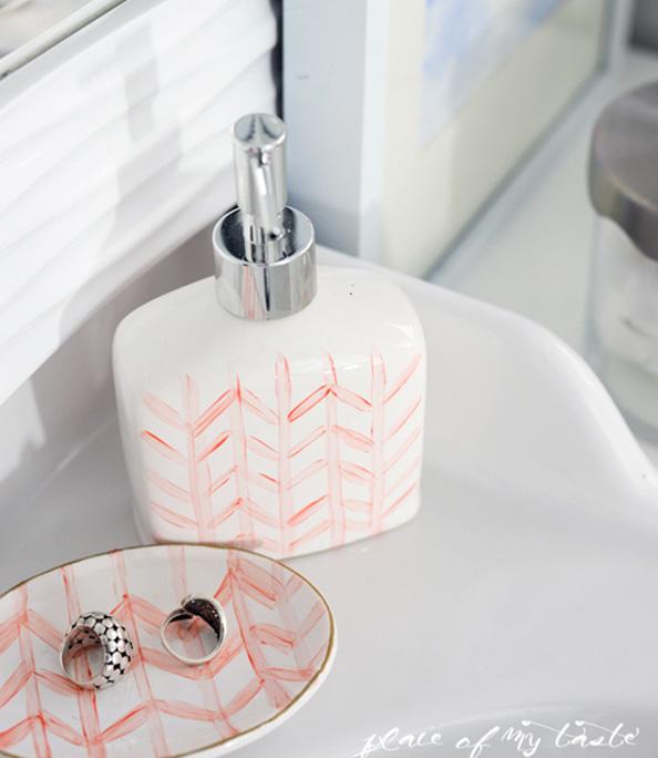 Bathroom-countertop-organizing-6