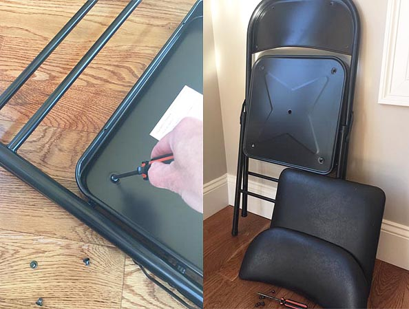 folding chairs_apart_re