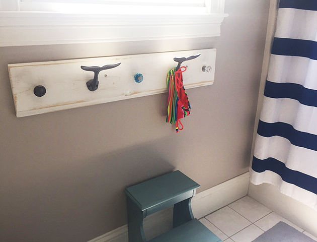 bathroom reveal_hook rack