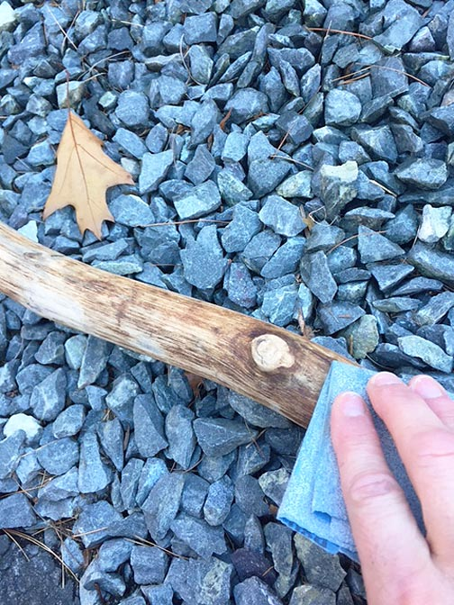 wood-branches_sanding