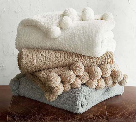 10 Of My Favorite Cozy Throw Blankets For Fall