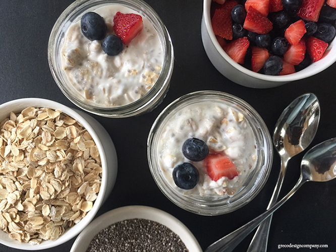 simple, healthy & delicious overnight oats recipe