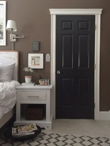One Room Challenge – Bedroom Makeover Week 6 – Painted Doors