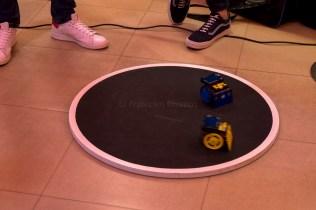 """I nostri già conosciuti robot da Minisumo dell'I.I.S.S. """"A. Righi"""""""