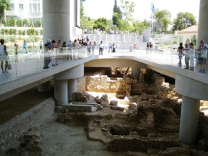 new-acropolis-museum-excavations-2