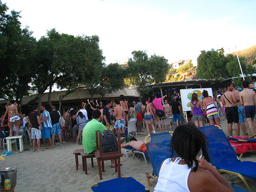mykonos-beach-party