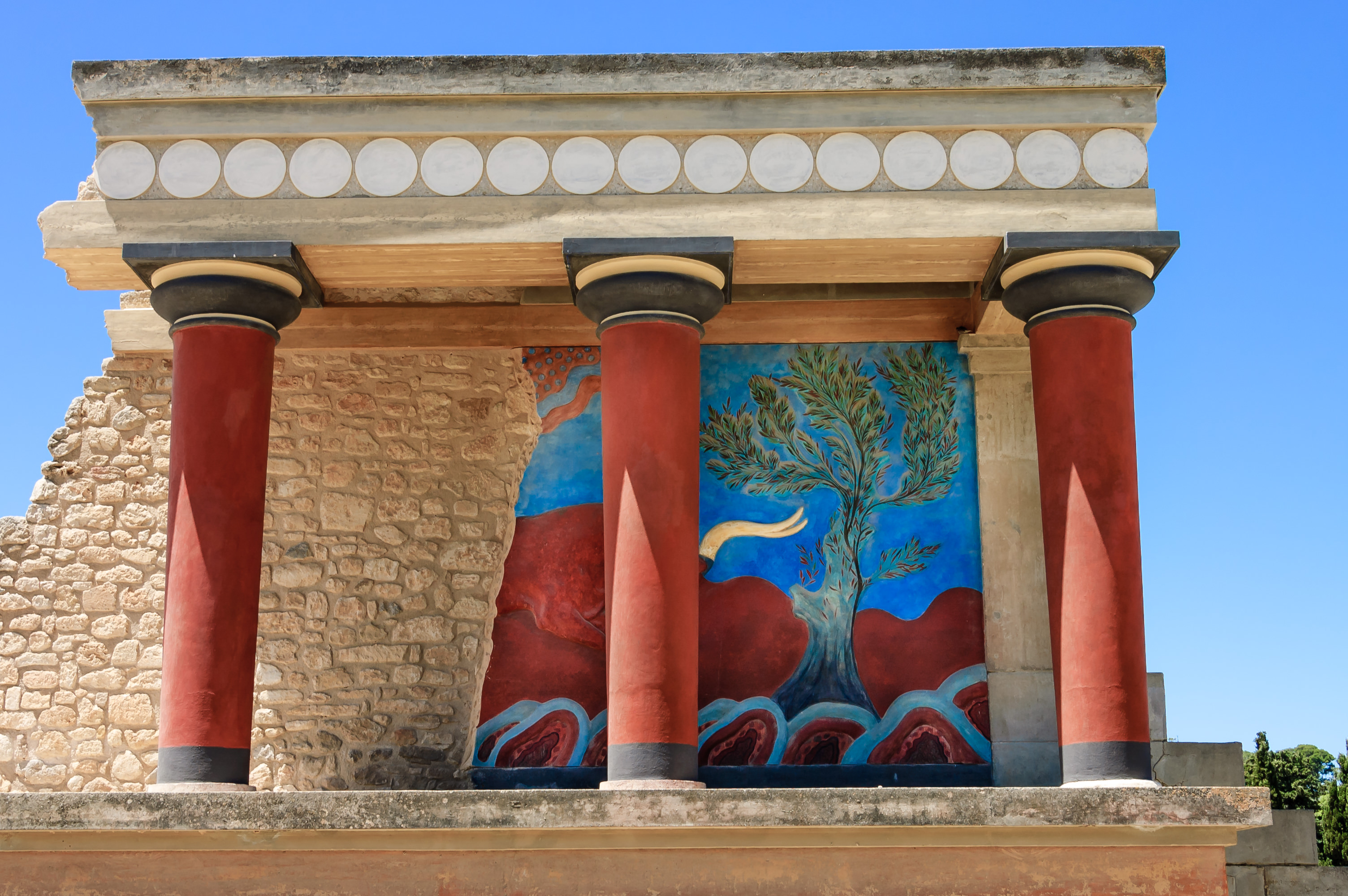 What To Know About Minoan Art