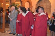 choir-looking