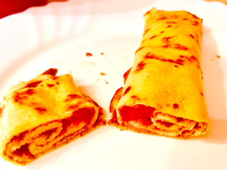 Keto crepes with Feta