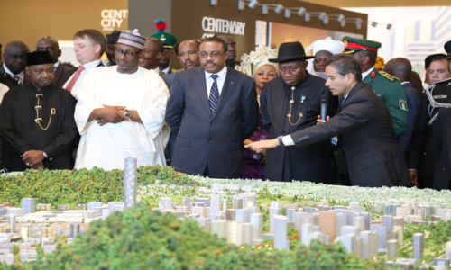 From left Vice President  Arc. Namadi  Sambo PDP National Chairman Alh Adamu  Muazu  Etiopian Prime Minister Hailemariam Desalegn  President Goodluck Jonathan  and the Executive Director of Eagle Hills Mohammed  Abbar  Showing up the Prototype of the Centinary City at the Braking of the Grand of the Centenary City  in Abuja Tuesday 24th June 2014