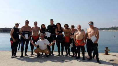 Group picture with participants, trainers and SeaWolf diving staff