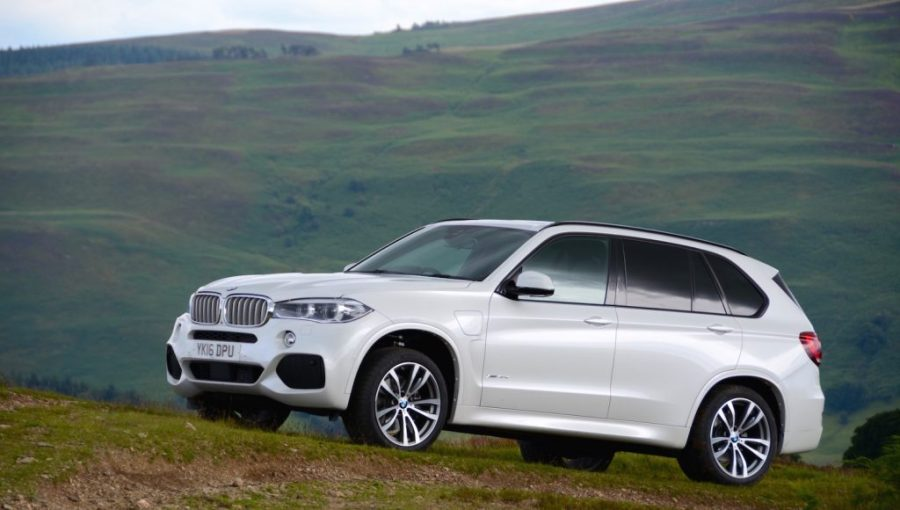 The Ultimate Guide to BMW electric cars, plug-in hybrid ...