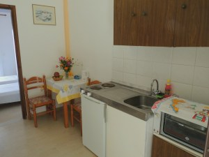 makis-studio-kitchen1