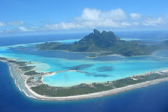 arrow shaped bora bora island in french polynesia