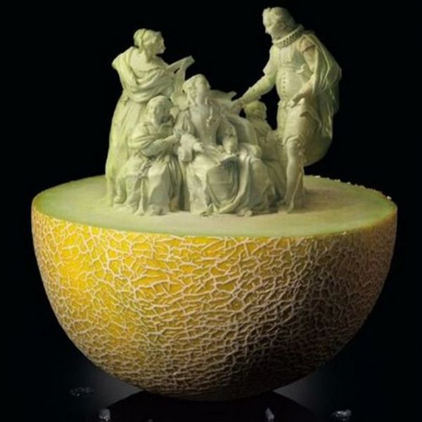 fruit and vegetable sculptures 1