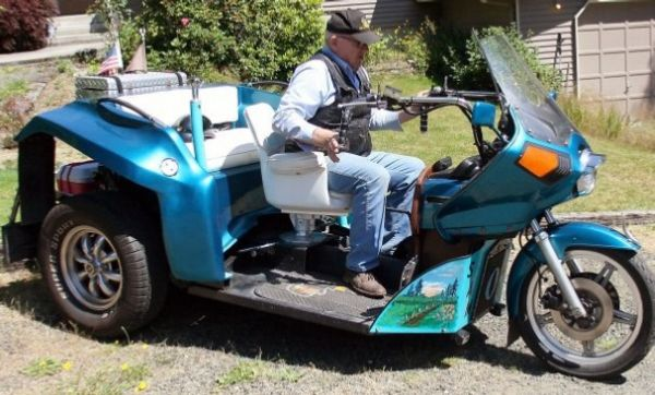 Recycled three-wheeler by Max Scott