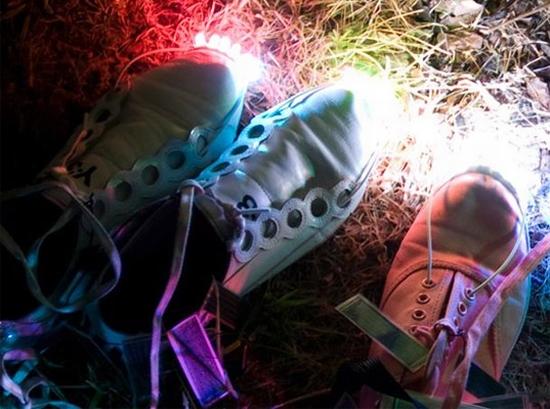 solar led shoes 1