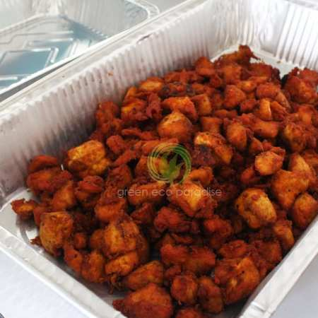 Catering tray with spicy fried chicken.