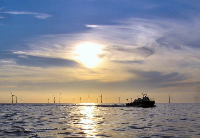 Offshore wind. Photo by Arnold Price, from Wikimedia Commons.