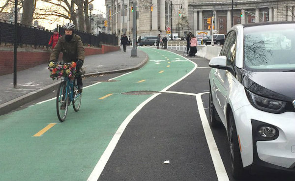 New York City bikeway (Photo: David Meyer | Streetsblog NYC)