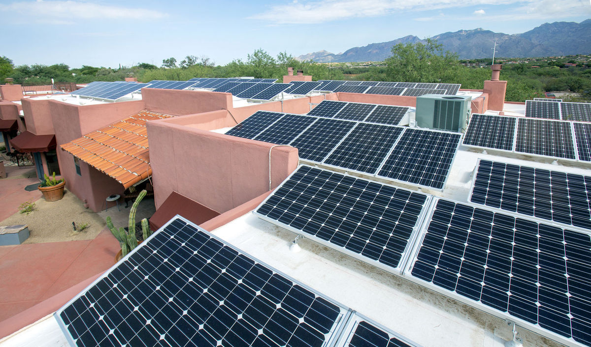 Tucson rooftop solar (Ron Medvescek | Arizona Daily Star)