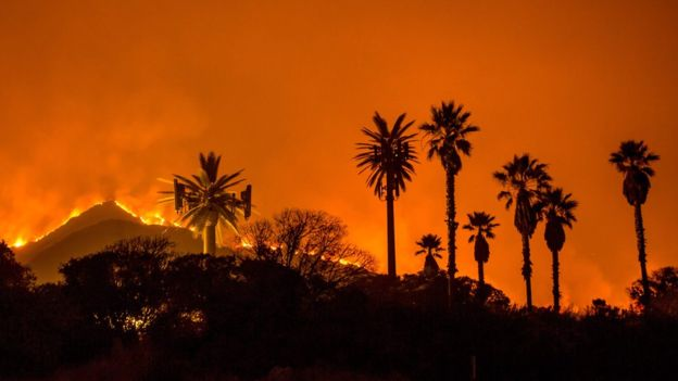 Thomas fire in Ventura County (Photo: AFP | Getty Images)